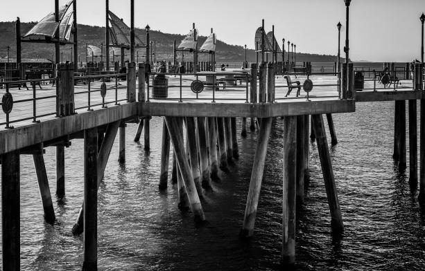 B&W Pier
